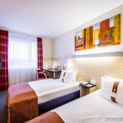 Отель Holiday Inn Express Berlin City Centre комната для гостей фото 3