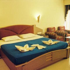 Отель Silver Sands Beach Resort Индия, Гоа - отзывы, цены и фото номеров - забронировать отель Silver Sands Beach Resort онлайн сейф в номере