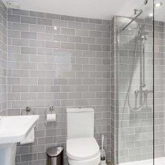 Отель Re-imagined Flat in Georgian Architecture Townhouse Эдинбург ванная фото 2