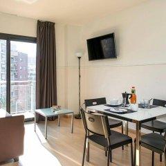 Апартаменты Apartments Sata Park Güell Area Барселона комната для гостей фото 2