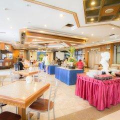 Отель Grand Sole Pattaya Beach Hotel Таиланд, Паттайя - отзывы, цены и фото номеров - забронировать отель Grand Sole Pattaya Beach Hotel онлайн питание