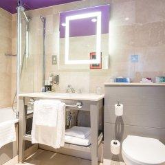 Отель Crowne Plaza London - The City Великобритания, Лондон - отзывы, цены и фото номеров - забронировать отель Crowne Plaza London - The City онлайн ванная