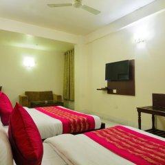 Отель Shanti Villa сейф в номере