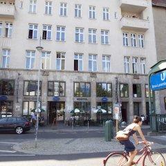 Отель St Christophers Inn Berlin парковка
