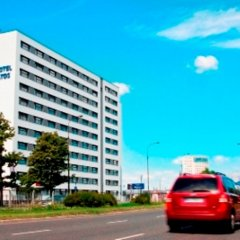 Start Hotel Atos Варшава парковка