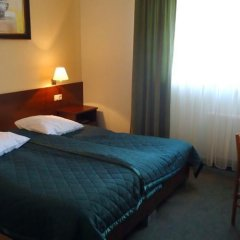 Отель Centrum Barnabitów сейф в номере