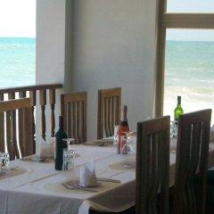 Отель Elmina Bay Resort Гана, Шама - отзывы, цены и фото номеров - забронировать отель Elmina Bay Resort онлайн питание фото 3