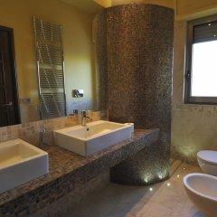 Отель Bed and Breakfast La Villa Бари ванная