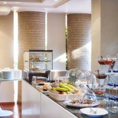 Отель Blazer Suites Hotel Греция, Афины - 1 отзыв об отеле, цены и фото номеров - забронировать отель Blazer Suites Hotel онлайн питание