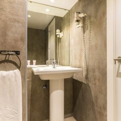 Apart-Hotel Serrano Recoletos Мадрид ванная