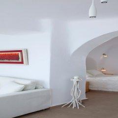 Отель Aliko Luxury Suites Греция, Остров Санторини - отзывы, цены и фото номеров - забронировать отель Aliko Luxury Suites онлайн комната для гостей фото 4