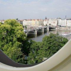 Mamaison Hotel Riverside Prague балкон