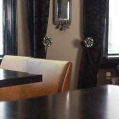 Отель Sint Nicolaas Нидерланды, Амстердам - 1 отзыв об отеле, цены и фото номеров - забронировать отель Sint Nicolaas онлайн интерьер отеля фото 2