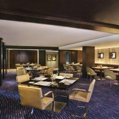 Отель Radisson Blu Plaza Delhi Airport питание фото 2