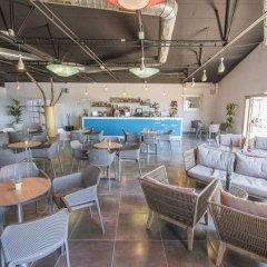 Отель AzuLine Club Cala Martina Ibiza - All Inclusive гостиничный бар
