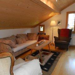 Отель Im Wiesengrund Швейцария, Гштад - отзывы, цены и фото номеров - забронировать отель Im Wiesengrund онлайн комната для гостей