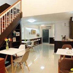 Отель Baan Namtarn Guest House Бангкок питание фото 3