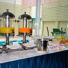 Отель J Two S Pratunam Бангкок питание