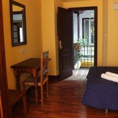 Отель Pensión Lisdos удобства в номере