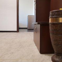 Апартаменты DeLuxe Apartment Akademika Yangelya 2 интерьер отеля