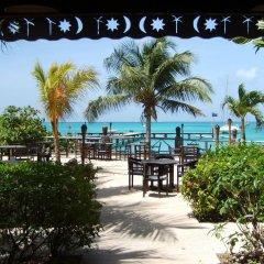 Tamarind Beach Hotel & Yacht Club пляж