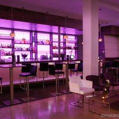 Отель Meliá Düsseldorf гостиничный бар