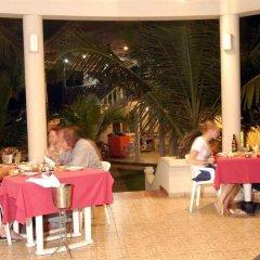 Отель Oasey Beach Resort Шри-Ланка, Бентота - отзывы, цены и фото номеров - забронировать отель Oasey Beach Resort онлайн питание