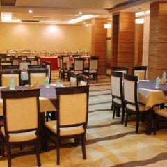 Отель Liv Inn - Naraina Индия, Нью-Дели - отзывы, цены и фото номеров - забронировать отель Liv Inn - Naraina онлайн питание фото 2
