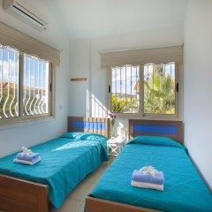 Отель Villa Crystal Sea Кипр, Протарас - отзывы, цены и фото номеров - забронировать отель Villa Crystal Sea онлайн комната для гостей