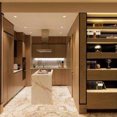 Отель Waldorf Astoria Dubai International Financial Centre в номере