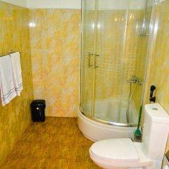 Отель Cinnamon Lake Inn ванная