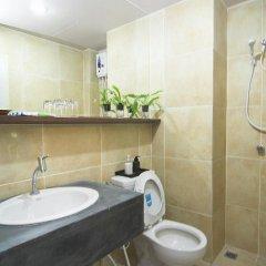 Отель Rome Place Hotel Таиланд, Пхукет - 3 отзыва об отеле, цены и фото номеров - забронировать отель Rome Place Hotel онлайн ванная