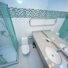 Гостиница Oasis Inn Казахстан, Нур-Султан - 2 отзыва об отеле, цены и фото номеров - забронировать гостиницу Oasis Inn онлайн ванная фото 2