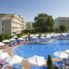 Отель DAS Club Hotel Sunny Beach Болгария, Солнечный берег - отзывы, цены и фото номеров - забронировать отель DAS Club Hotel Sunny Beach онлайн бассейн