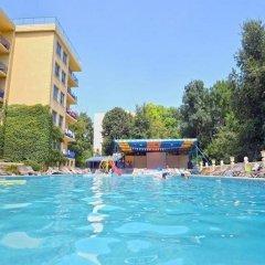 Отель Dana Palace Болгария, Золотые пески - отзывы, цены и фото номеров - забронировать отель Dana Palace онлайн бассейн фото 3