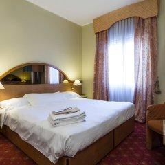 Hotel Carrobbio сейф в номере