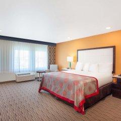 Отель Ramada by Wyndham Culver City удобства в номере фото 2