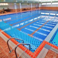 Отель AC Sport Village бассейн