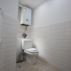 Отель Oriente Palace Apartments Испания, Мадрид - отзывы, цены и фото номеров - забронировать отель Oriente Palace Apartments онлайн ванная фото 2