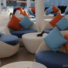 Отель Crowne Plaza Abu Dhabi фитнесс-зал