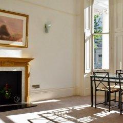 Отель 1 Bedroom Townhouse Apartment in Notting Hill Великобритания, Лондон - отзывы, цены и фото номеров - забронировать отель 1 Bedroom Townhouse Apartment in Notting Hill онлайн интерьер отеля
