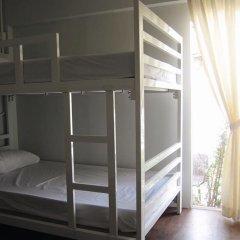 Baan Nai Trok - Hostel Бангкок сейф в номере