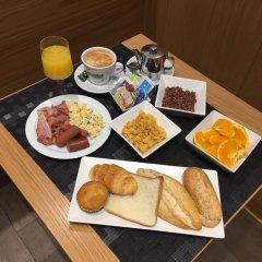 Отель Hostal Abadia питание