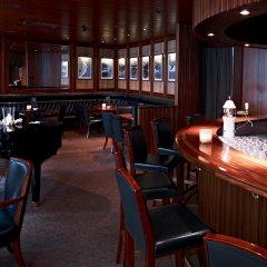 Отель Crystal Hotel superior Швейцария, Санкт-Мориц - отзывы, цены и фото номеров - забронировать отель Crystal Hotel superior онлайн гостиничный бар