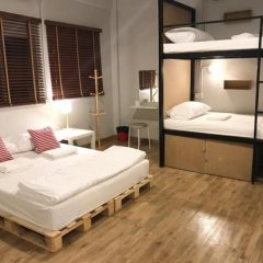 Grandpa's Hostel Bangkok Бангкок сейф в номере