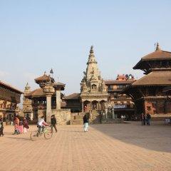 Отель Kathmandu Guest House by KGH Group Непал, Катманду - 1 отзыв об отеле, цены и фото номеров - забронировать отель Kathmandu Guest House by KGH Group онлайн пляж