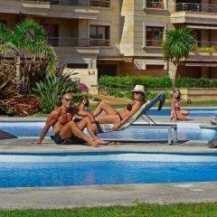 Отель Chalet Mar Isla de la Toja Испания, Эль-Грове - отзывы, цены и фото номеров - забронировать отель Chalet Mar Isla de la Toja онлайн бассейн