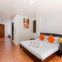 Отель Club Bamboo Boutique Resort & Spa сейф в номере
