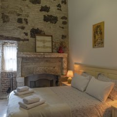 Отель Aganbey Ev Чешме комната для гостей фото 3