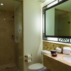 Отель Suites at Grand Solmar Land's End Resort and Spa ванная